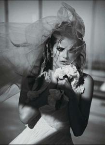 Novia a la fuga (Vogue París)